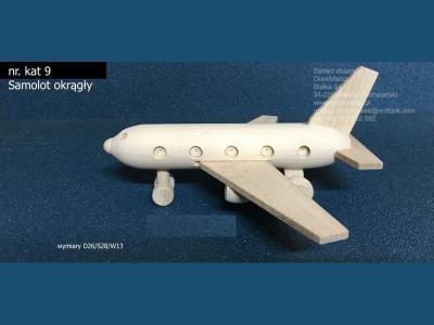 09-samolot-okragly