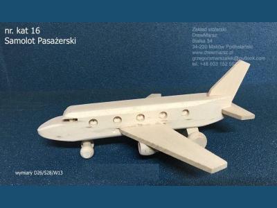 16-samolot-pasazerski